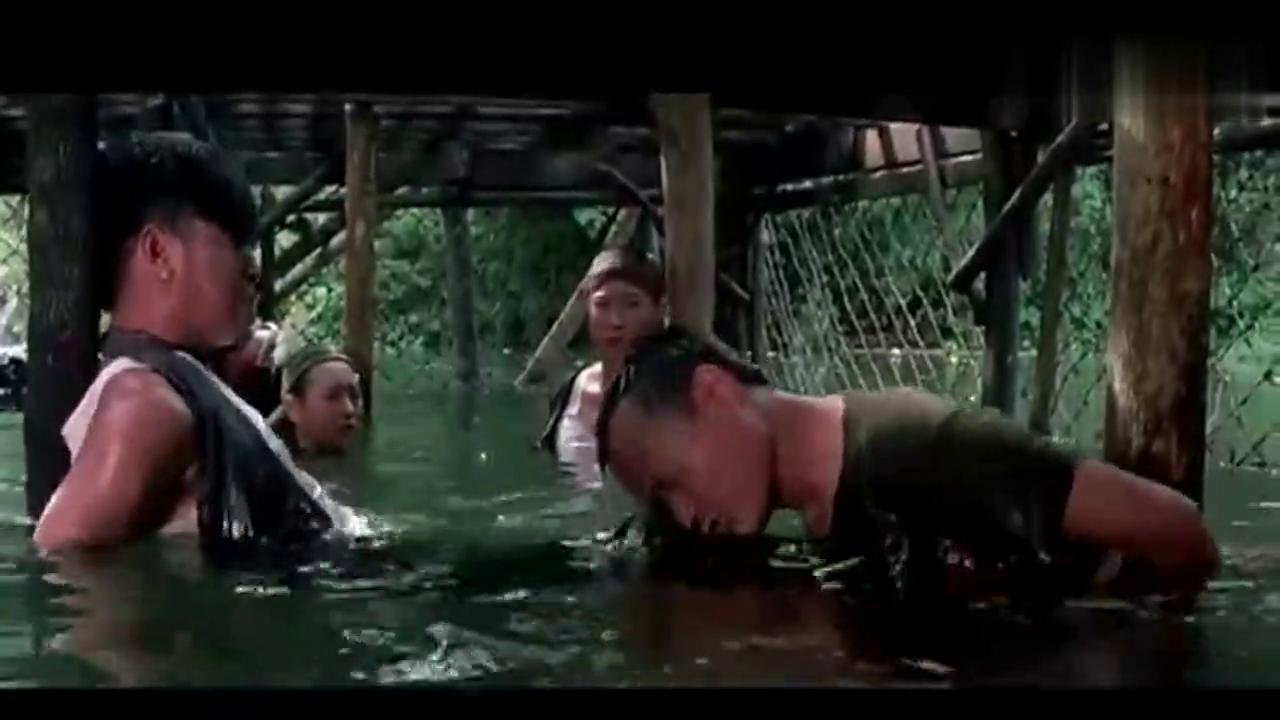 林正英、洪金宝被绑在水牢里, 用这种方法脱身