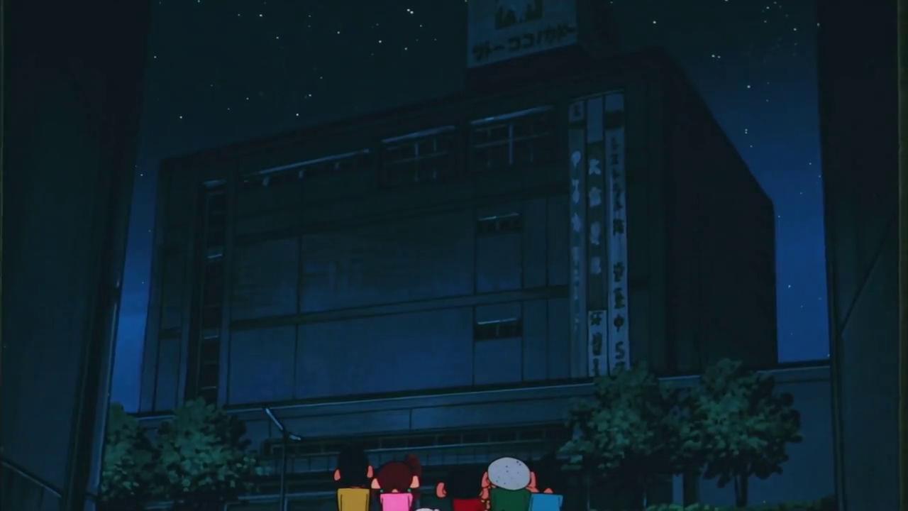 小新一伙半夜住百货商场,小新:这是我一直以来的梦想!