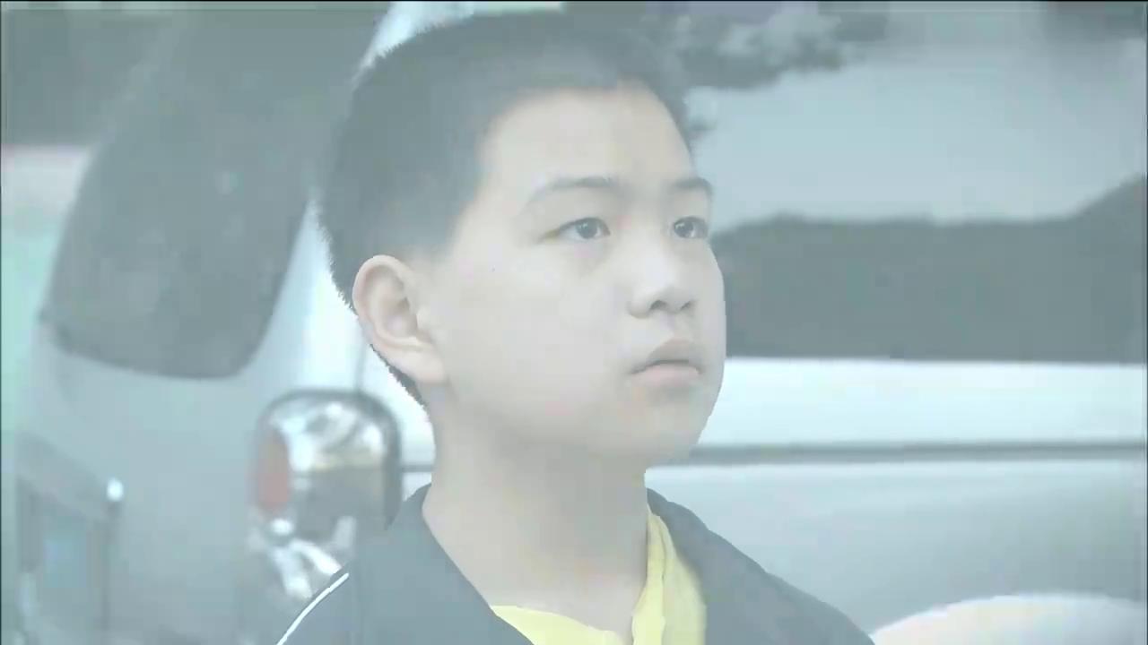 心机Boy用班长身份欺压同学,怎料家长还推卸责任:他还是个孩子