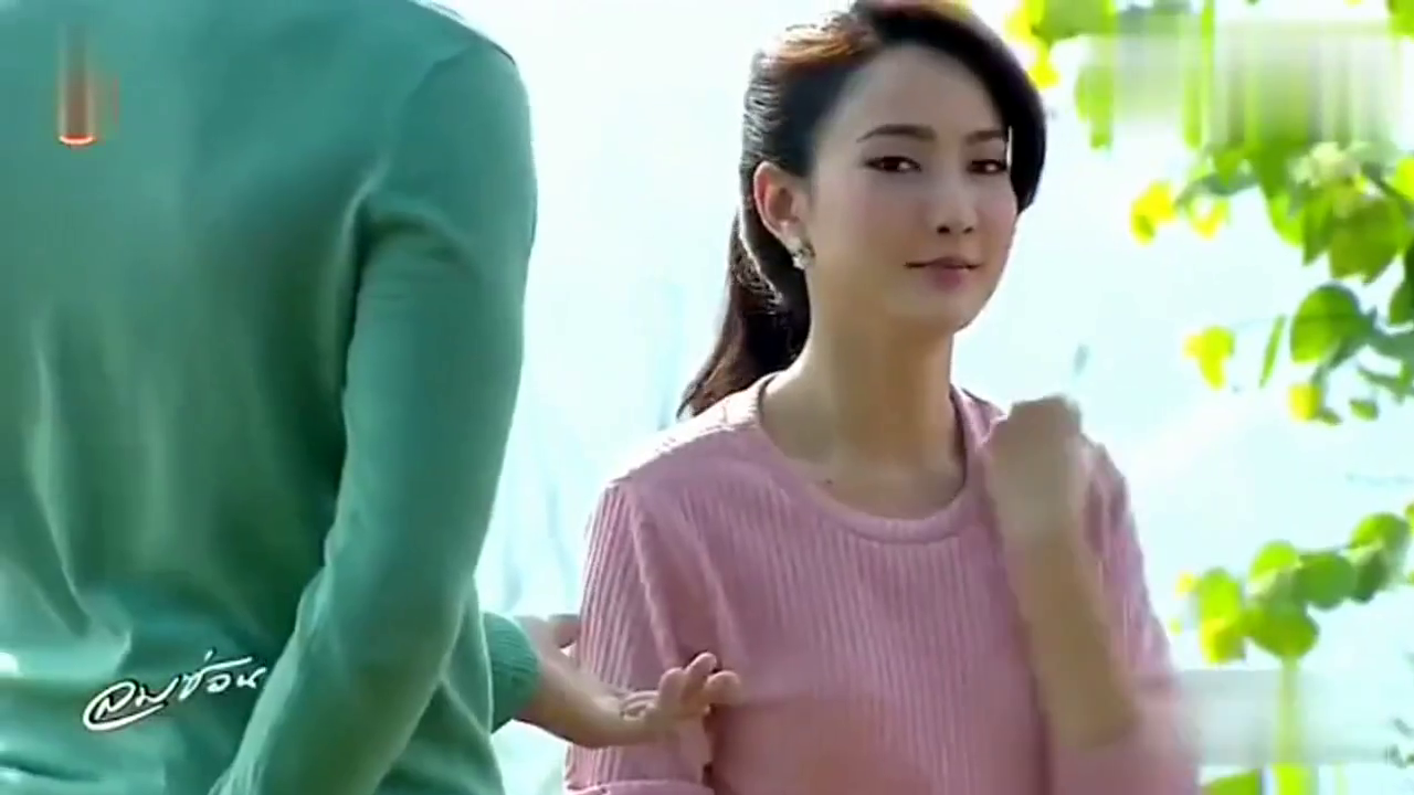 总裁亲手给女孩戴上结婚戒指,假老婆变真妻子甜蜜爆表