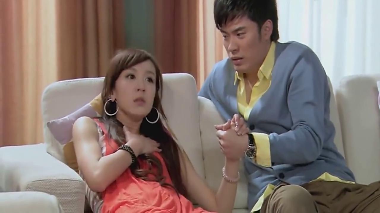 胡一菲被阿曼达气得差点断气,说话都断断续续的,这表情太逗了!
