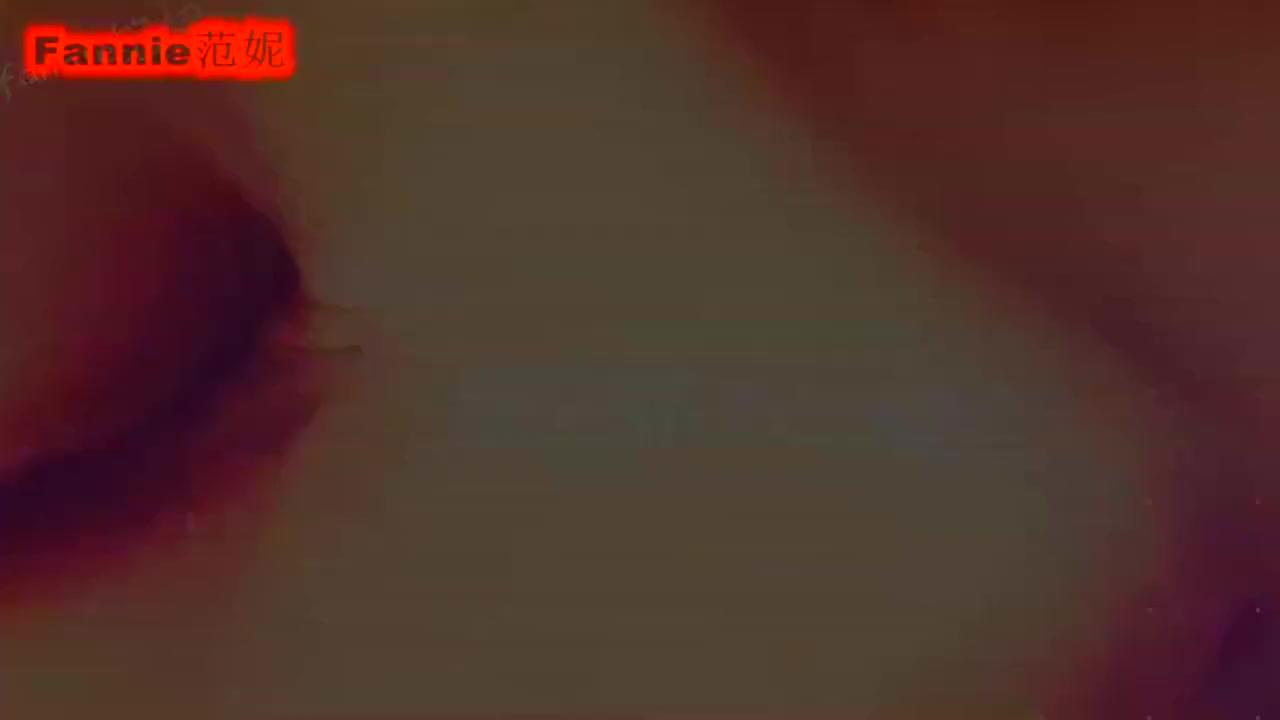 秋冬保湿的枫叶妆 ,上眼影部分看看对比是不是很明显呢