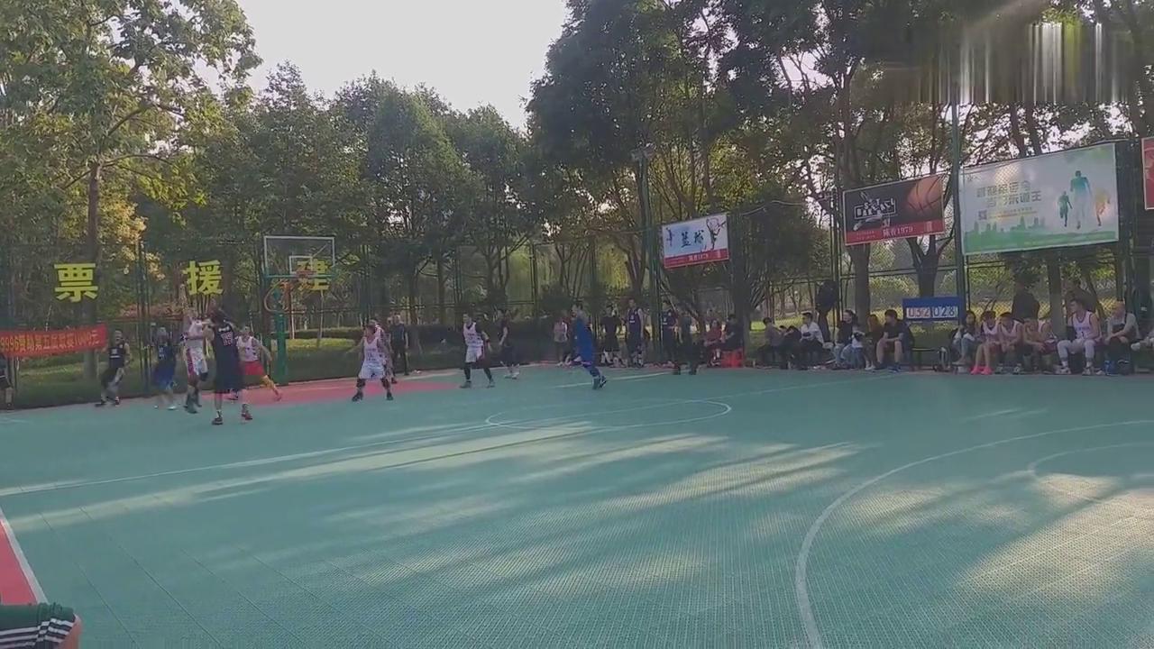 武汉后襄河公园第五届篮球联赛