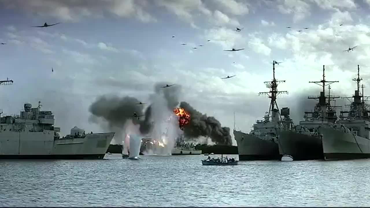 日本人意外闯入中国岛屿从岛上随手带走一把鸟粪随后插上国旗