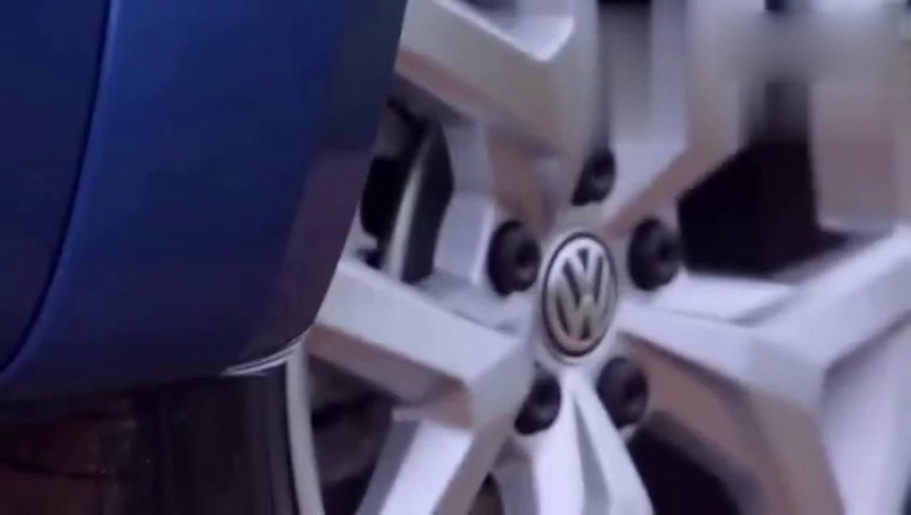 视频:性能很强悍 大众Amarok皮卡全面展示