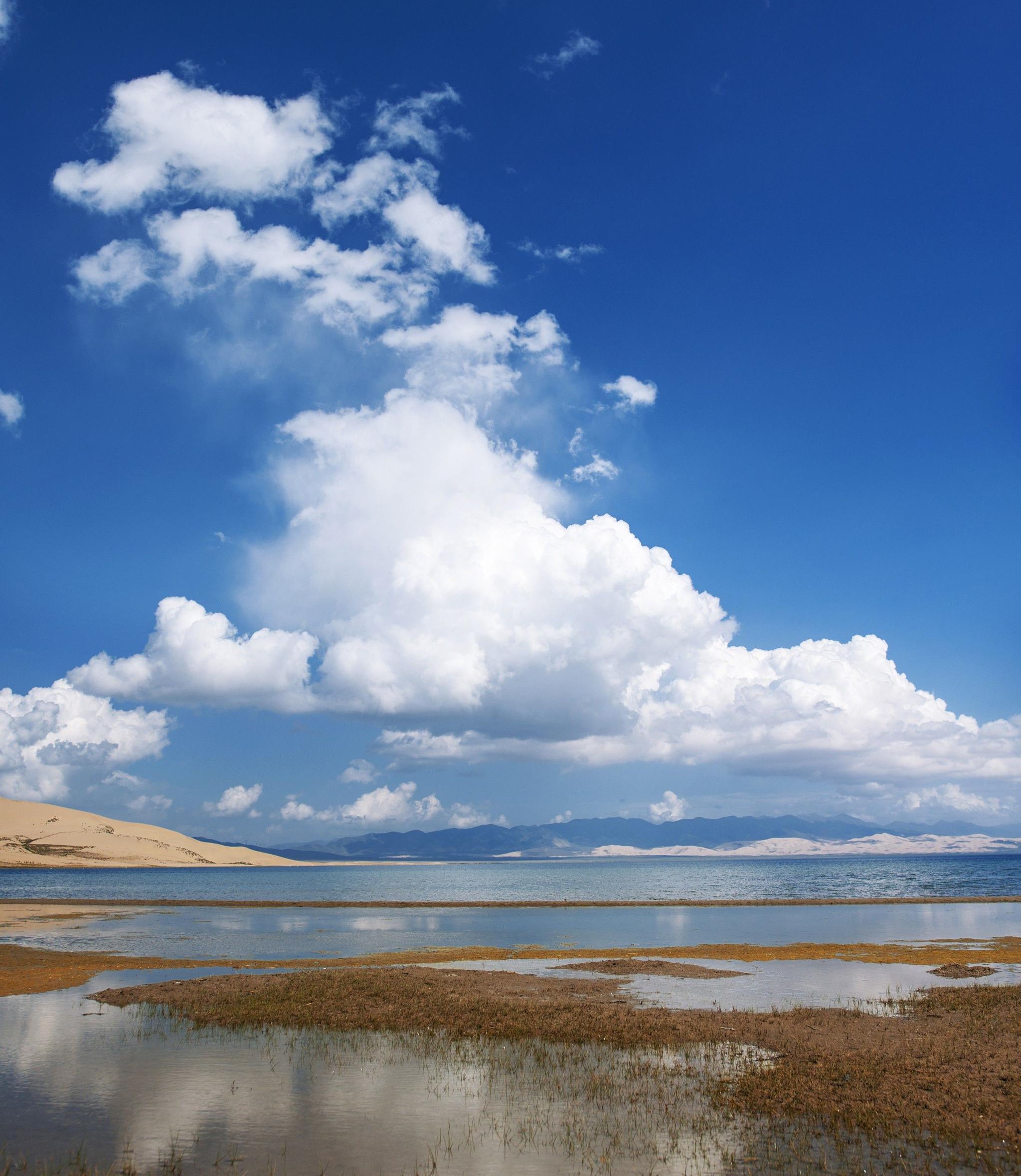 青海湖,中国最大最美丽的咸水湖