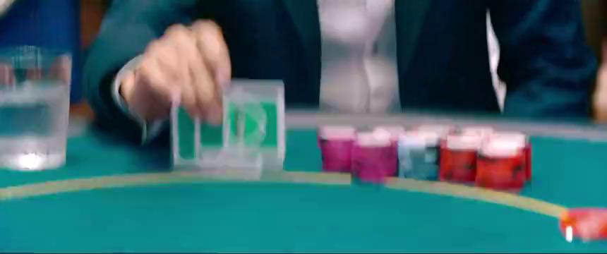 德州扑克也难不倒赌神!土豪四张J以为赢定了,没想到赌神同花顺