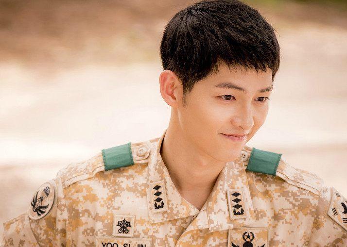 又1部好看韩剧正在热播,堪比《太阳的后裔》,演员阵容强大!