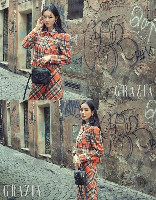韩国女艺人李多喜意大利罗马拍杂志写真