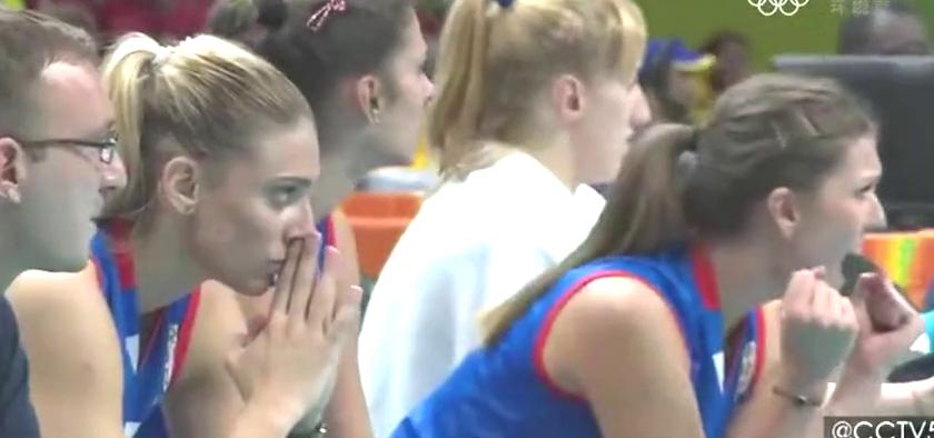 CCTV5版里约奥运女排决赛最后2分时隔2年依然看的人热血沸腾