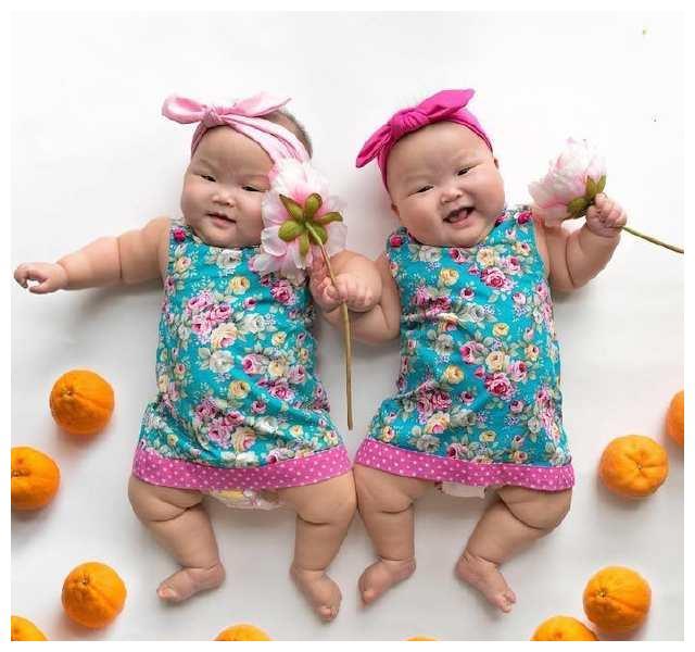 全世界都爱上了这对双胞胎!看完也想生一对!