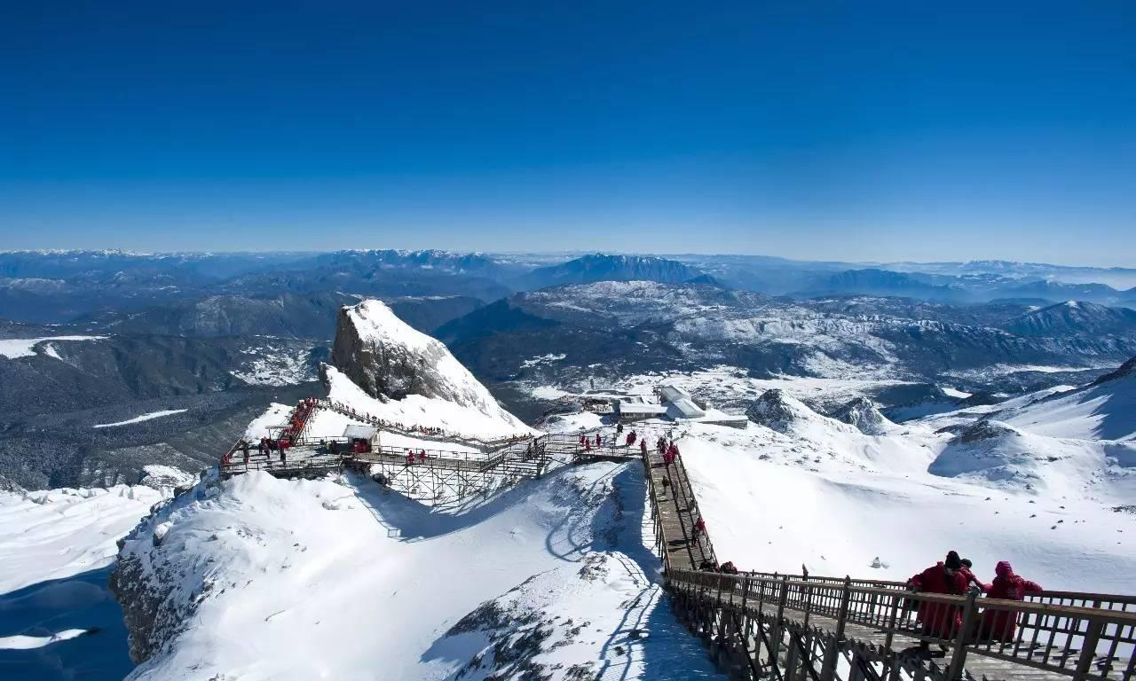 8844米的珠峰早被征服,为何5596米的玉龙雪山,至今无人登顶?