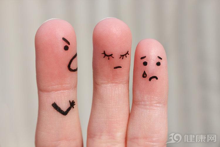 手指掰得咔咔响,对我们的关节有危害吗?到底能不能经常掰?