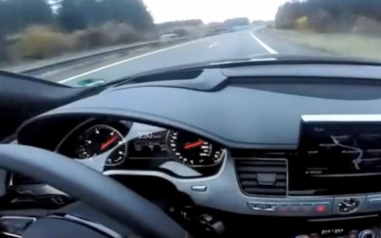 视频:带你感受一下奥迪A8在高速上狂飙的感觉,这噪音超小