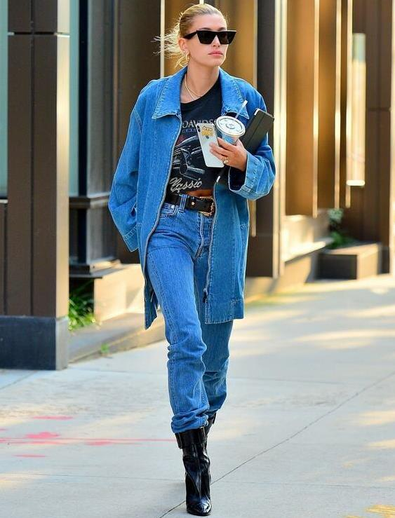 超模海莉·比伯纽约时尚街拍,她的气质让人着迷