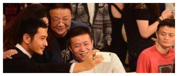 黄晓明曾经一度冷落马云,可是结婚那一天竟还找马云当证婚人