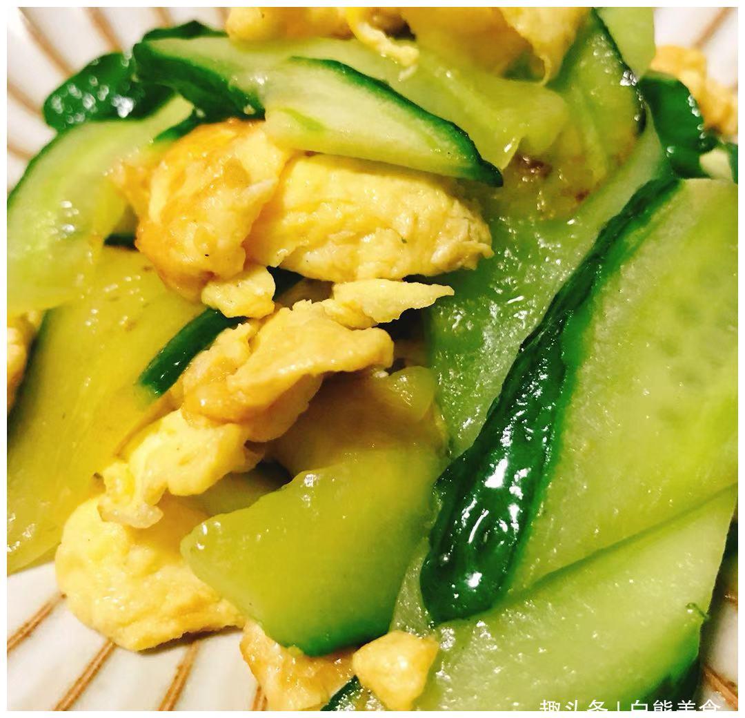 教你做简单美味的快手菜,清爽的黄瓜搭配金黄鲜嫩的鸡蛋