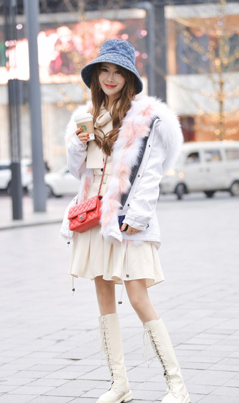 大学毕业少穿轻熟装,新年穿百搭白色单品,男朋友喜欢爸妈也喜欢