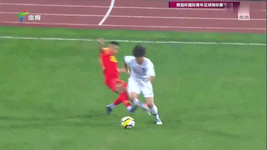 熊猫杯国际青年足球锦标赛:中国队犯规,韩国队获得任意球机会