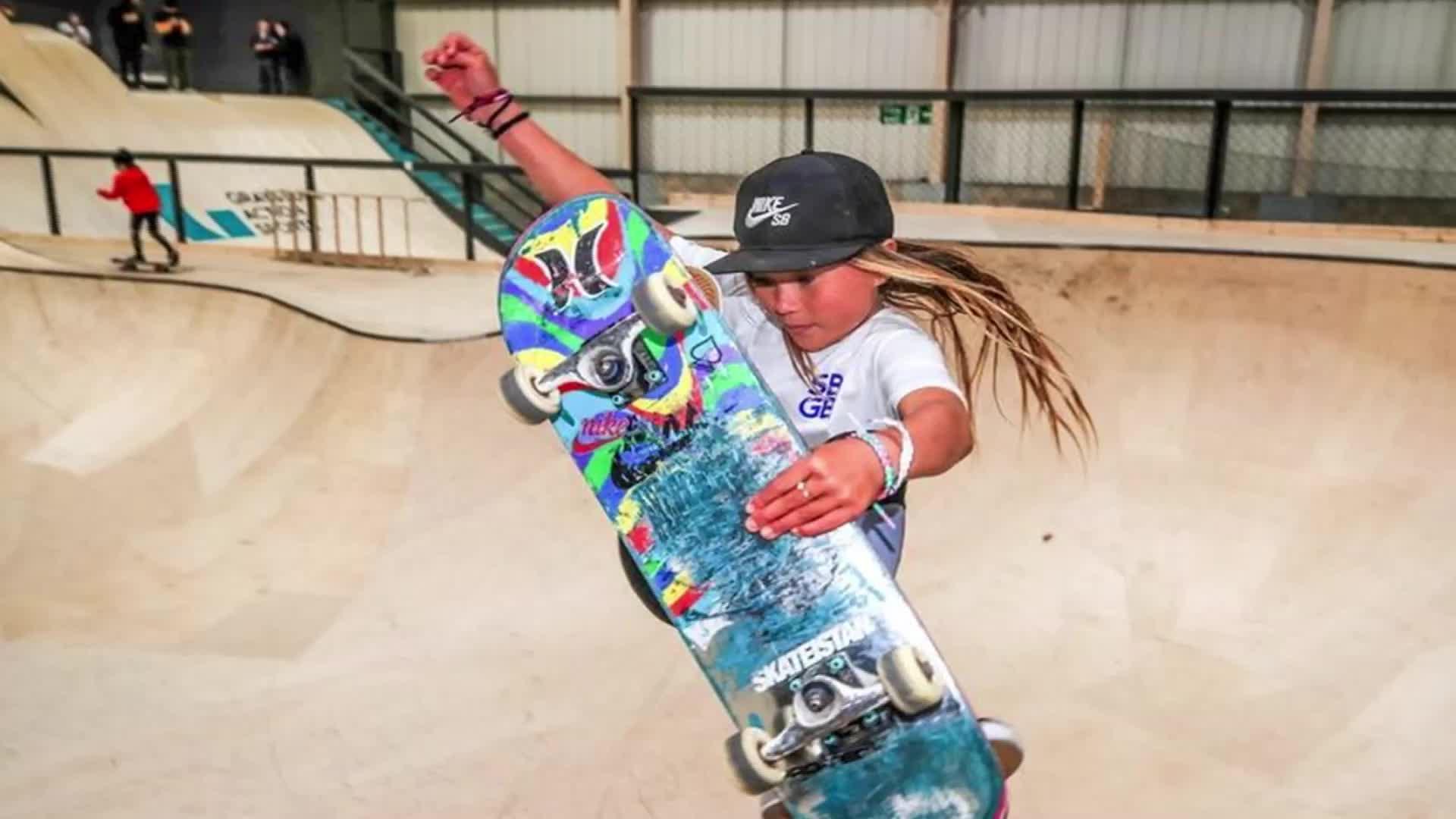 11岁成英国滑板队顶尖选手 天才少女或参加东京奥运会
