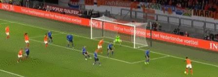 欧预赛-荷兰5-0大胜携手德国晋级 维纳尔杜姆帽子戏法