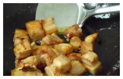外婆做的红烧肉是我这辈子最怀念的味道!做法简单,味道却超级棒