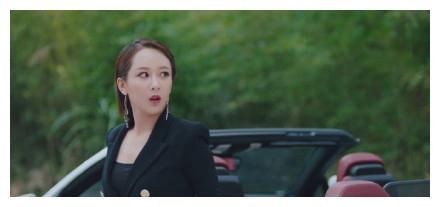 杨紫总裁造型空降热搜,童星出道的她,究竟有多努力?