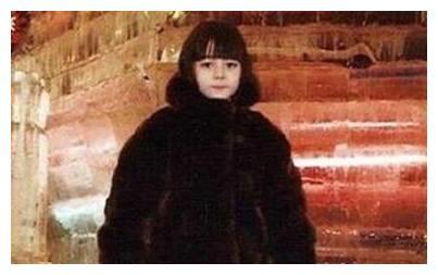 5位女星小时候的萌照,热巴最好认,能认出最后一位的算你厉害!