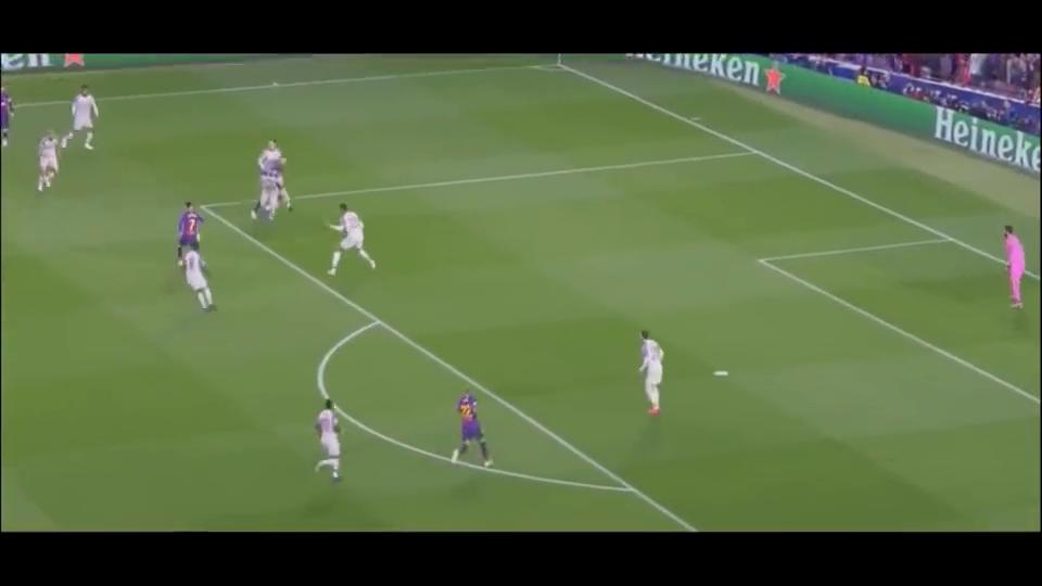 欧冠半决赛巴萨3-0利物浦,苏神神级跑位进球+梅西无解任意球!