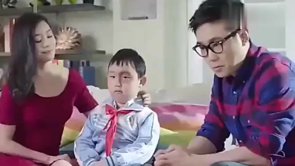 屌丝男士大鹏见了儿子的老师以后是这样对儿子的