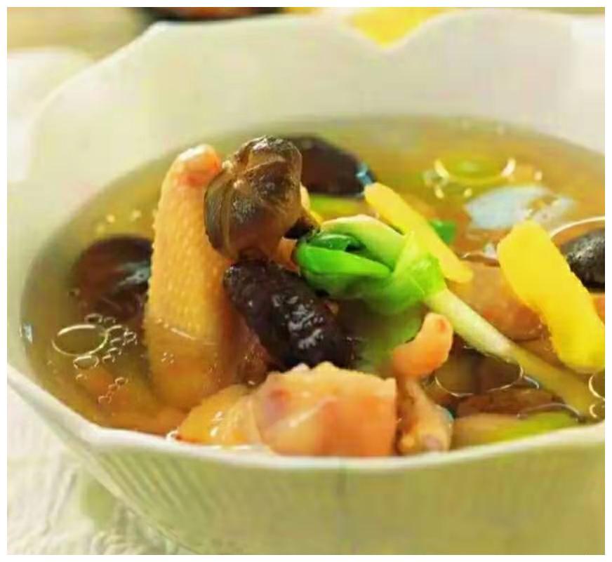 适合冬天喝的几个养身汤做法!