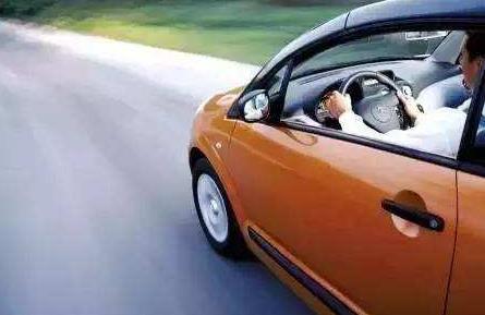 这几种开车意识,只有真正的老司机才具备!