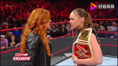 WWE经典回顾未播出片段暴动小队围攻贝基林奇和隆达罗西