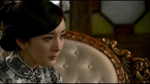 如意:梅如意询问谭铭凯陈年往事,他却担心梅如意的精神