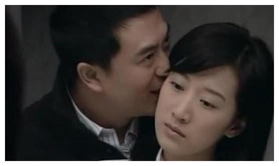 张嘉译吻过的女星:吻王晓晨最甜蜜,吻她最幸福