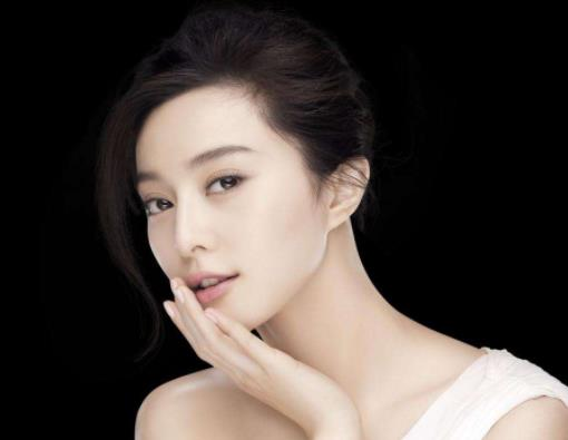 范冰冰疑有三月身孕,李晨却不愿结婚?王思聪一语道出感情真相!