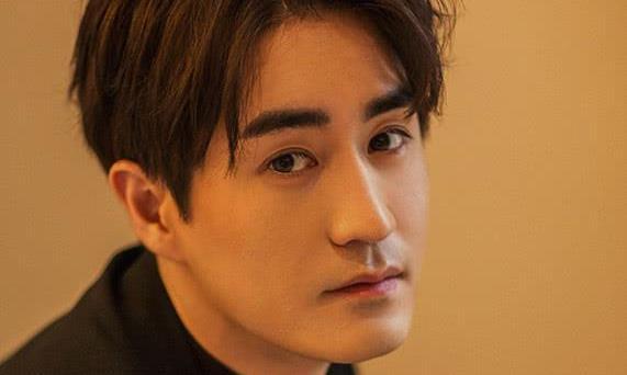 """一线丨专访杨玏:""""星二代""""的标签对我更像鞭策"""