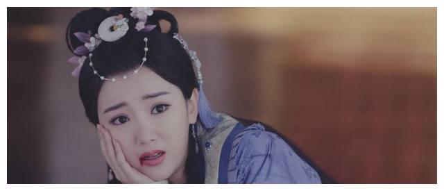 女星吐血剧照,李沁惹人疼,杨颖让人尴尬,图六隔屏感觉到了无助