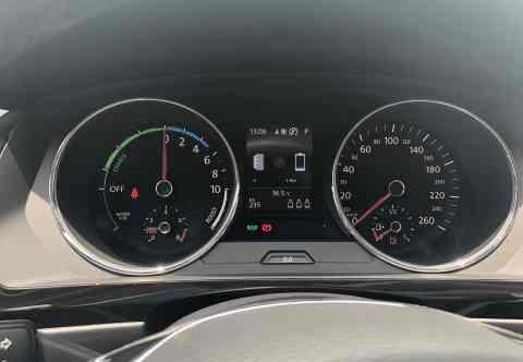 评价4.4分看看车主对途观L新能源有哪些满意和不满意