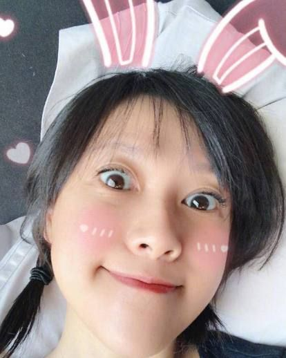 徐静蕾展示最新水彩画 网友:又一个水彩画大师!