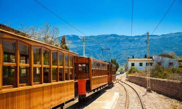 欧洲旅行:西班牙这条索勒火车旅游路线,能让您获得别样的体验!