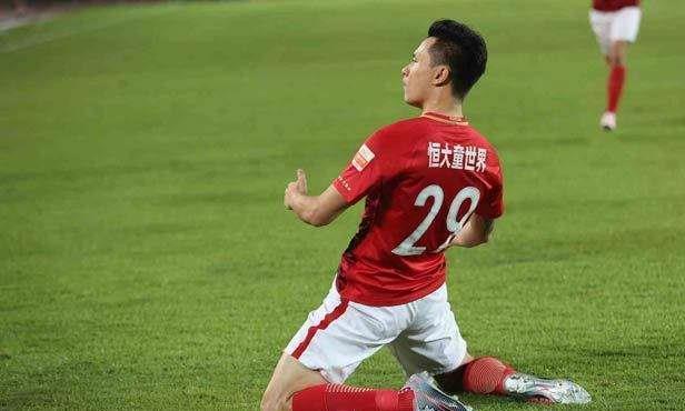 中国26年最伟大俱乐部!深圳记者选鲁能,东方体育记者选恒大