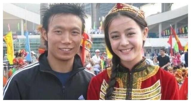 迪丽热巴未出道前卖房子,杨颖话务员,郭富城修空调,最惊讶是她