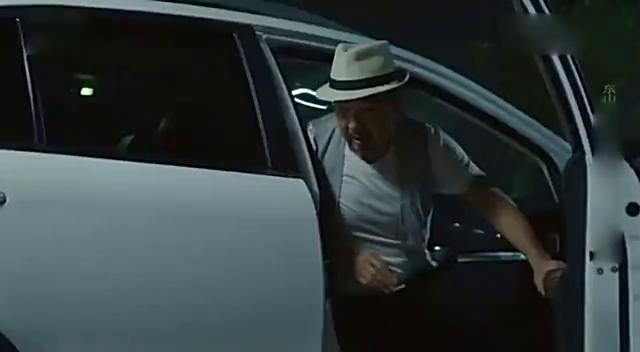 我的亲爹和后爸:李东山无证驾驶撞了人,李易生却全揽下来了