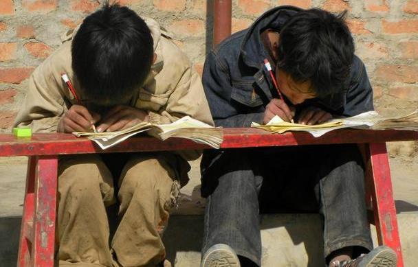 开学前请告诉孩子:努力读书的4个理由,让孩子的学习更有自觉性