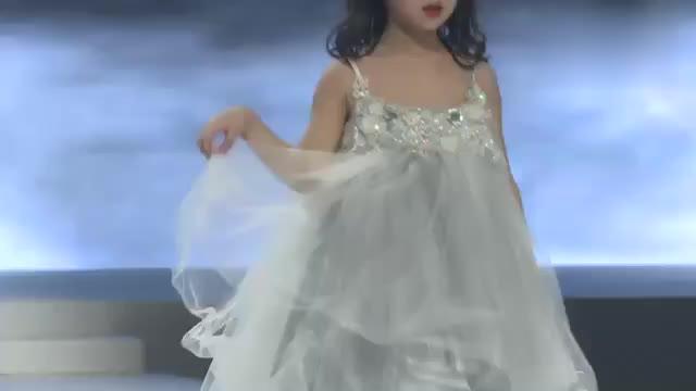 轻薄的仙女裙,宝石的点缀,美极了