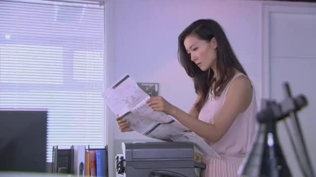 帅哥和美女都是电脑盲,不料来应聘的小妹是奇人,分分钟解决!