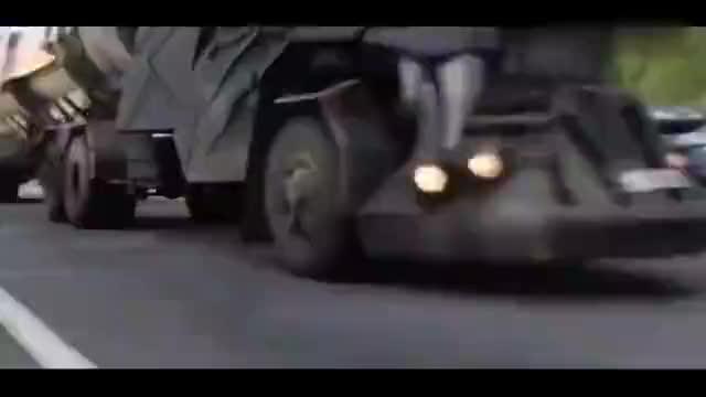 老司机改装的卡车这狼头可真霸气设计者的想法真不错