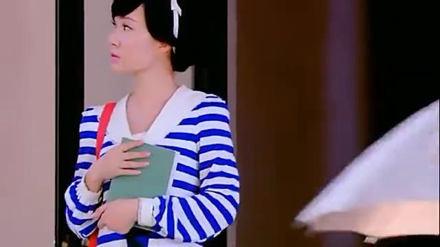 青年老师刚想对佟毓婉表白,黎雪梅却故意捣乱