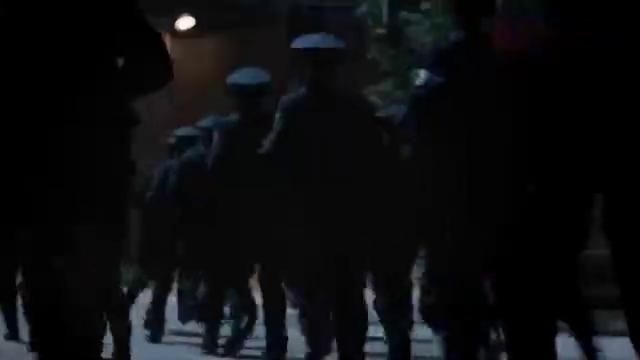 破冰结局:大部队进村看到赵嘉良尸体,得知他的死讯李维民崩溃